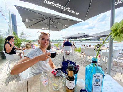 MobyDick-foodendrinks-beachclubophetwater-Area-X_BeaverCreekWakeParkRoermond